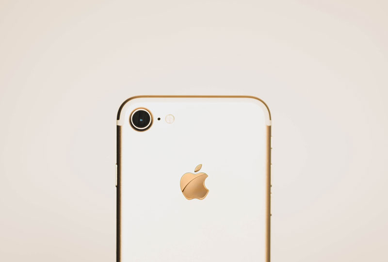 gold iPhone 8
